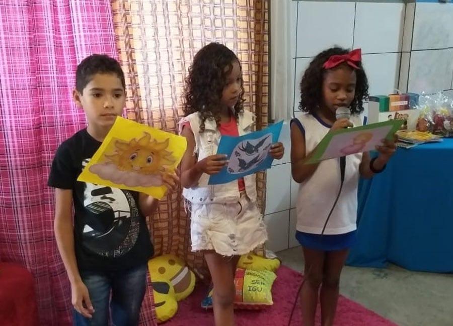 Estudantes participam de sarau literário em Cachoeiro